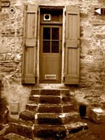 pezenas property listings and info. Black Bedroom Furniture Sets. Home Design Ideas
