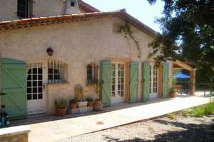 Charming property 4kms from Flayosc village