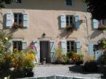Detached character 4 bed property set in gardens of approx 1500m², quiet rural location