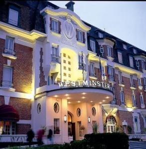 hotels in le touquet paris plage. Black Bedroom Furniture Sets. Home Design Ideas