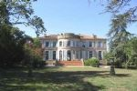 Nr Toulouse (Gers) - For sale: Beautiful XVIII century Chateau with views to the Pyrenees