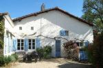 Nr Melle - For sale : 4 bed village house with garden and swimming pool