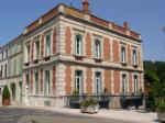 Charmante Chambre d'Hôtes à Succès dans une Ville Historique
