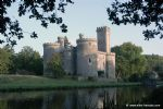 Glorious historic renovated Chateau with moat and parkland (Chalus, 87)