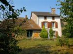 North Haute-Vienne in the village of BUSSIERE POITEVINE house with many advantages, spacious