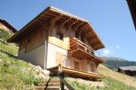 A brand new, 5 bedroom chalet situated 500m from the centre of Arêches village.