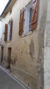 Village house with 45 m² living space, garage of 30 m² and attic to convert of  45 m².