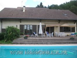 A beautiful villa with pool, near Remiremont