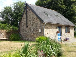 Holiday cottage to rent - Charming 1 bedroom gîte fully equipped with logburner.