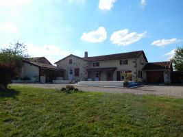 REDUCED ! Stunning country home
