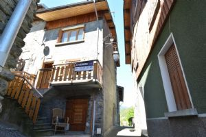 For Sale - Village house - 5 rooms - near Brides-le-Bains