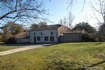 A pretty renovated stone Farmhouse in a delightful orchard setting with pool and barn (Eymet, 47)