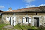 Wow! Great Price For Habitable Cottage With 2 Hectares Of Land Close To Nanteuil And Verteuil
