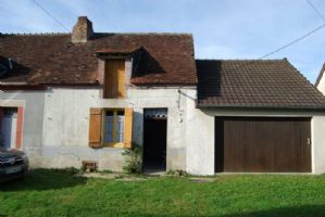 Charming small stone house, low price and attached land !