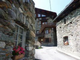 Wonderful Mountain Village House