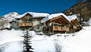 VALDISERE - Unique chalet on the slopes of Solaise offering elegance, charm & luxury