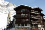 VALDISERE - 2 bedroom ski in-ski apartment  located in the heart of the village.