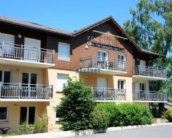 Let and managed 1-bed apartment with terrace (Evian-les-Bains)