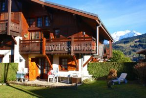 Megève 2 bedroom ski apartment with garden and Mont Blanc views in Ormaret Demi Quartier