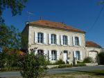 Belle Maison De Caractere Entre Matha Saint Jean Et Saintes