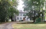 Lovely caracter house located at 30 minutes from Gueret