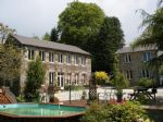 Magnificent Renovated 5 Bedroom Watermill, 2 bed' house, pool, Fantastic location!