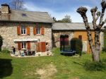Beautiful country house in a quiet hamlet, without jobs, with 100m2 outbuilding, garage, garden
