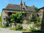 French property for sale: Habitable Farmhouse to Renovate