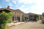 Melleran (79) - Detached Charentaise stone house lovely original features