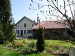 Fully renovated stone house with attached barn, outbuildings and large garden of 3165m²