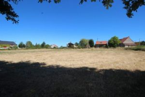 Large building plot,in hamlet, close to Chatelus Malvaleix