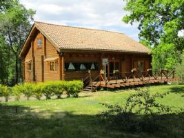 Beautiful timber frame house in a lovely setting!