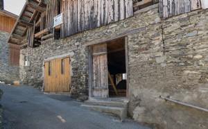 Barn to Renovate Near Bozel and the Three Valleys