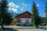 A spectacular spacious penthouse duplex apartment, close to the pistes.