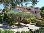 Provencal property with 270 m² of living space on 1995 m² with pool and views. Exceptional !