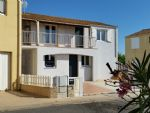 Ground floor apartment at walking distance from the sea, 71 m² of living space and garden area.