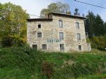 Stone farmhouse to renovate (near Ambert)