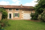 Pretty 4-bed stone house in a quiet hamlet