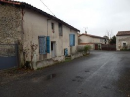 House for sale 1 bedrooms 158m2 land