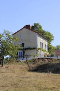 House for sale 2 bedrooms ,5075m2 land ,Walk to shop ,Over 1 acre land