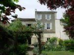 Notre ref- GT2773 Ref - GT2773 Maison de ville rénovée, 7 chambres, beau jardin tranquille