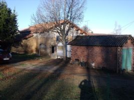 House near Saulgond, to be renovated completely, land 960m2