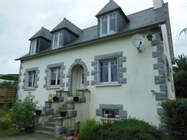 Plancoet area: lovely neo breton house in peaceful countryside