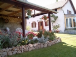 Beautiful farmhouse, detached barn, 9500m2 with stunning views.