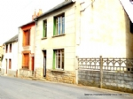 Townhouse with garage and garden for sale in the Auvergne.