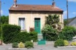 Detached stone house with private 100m2 garden and close  to the centre of ...