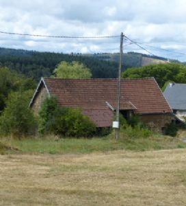 10,000 euros for a detached large barn with 1/4 acre and permission to convert into habitation.