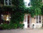 Attractive 18th Century Property on the Edge of the Seine - Successful B&B