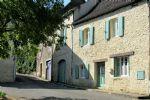 Belle Maison de Village en Pierres du 17ème Siècle - Rénovée avec Goût