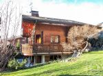 A pleasant chalet located at the heart of the popular village of Bernex.